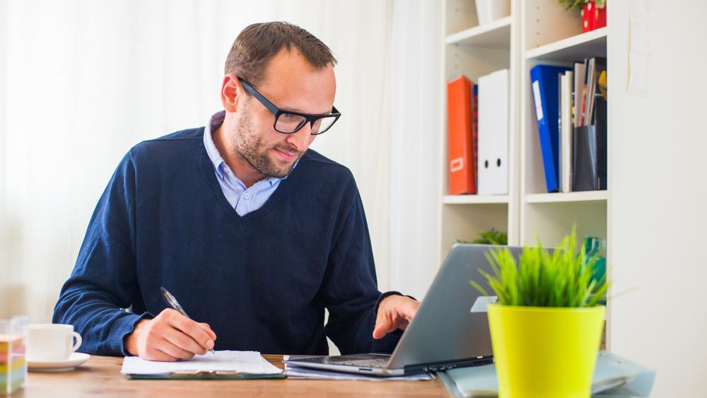 ¿Se puede reclamar horas extras en el trabajo remoto? SERVIR se pronuncia