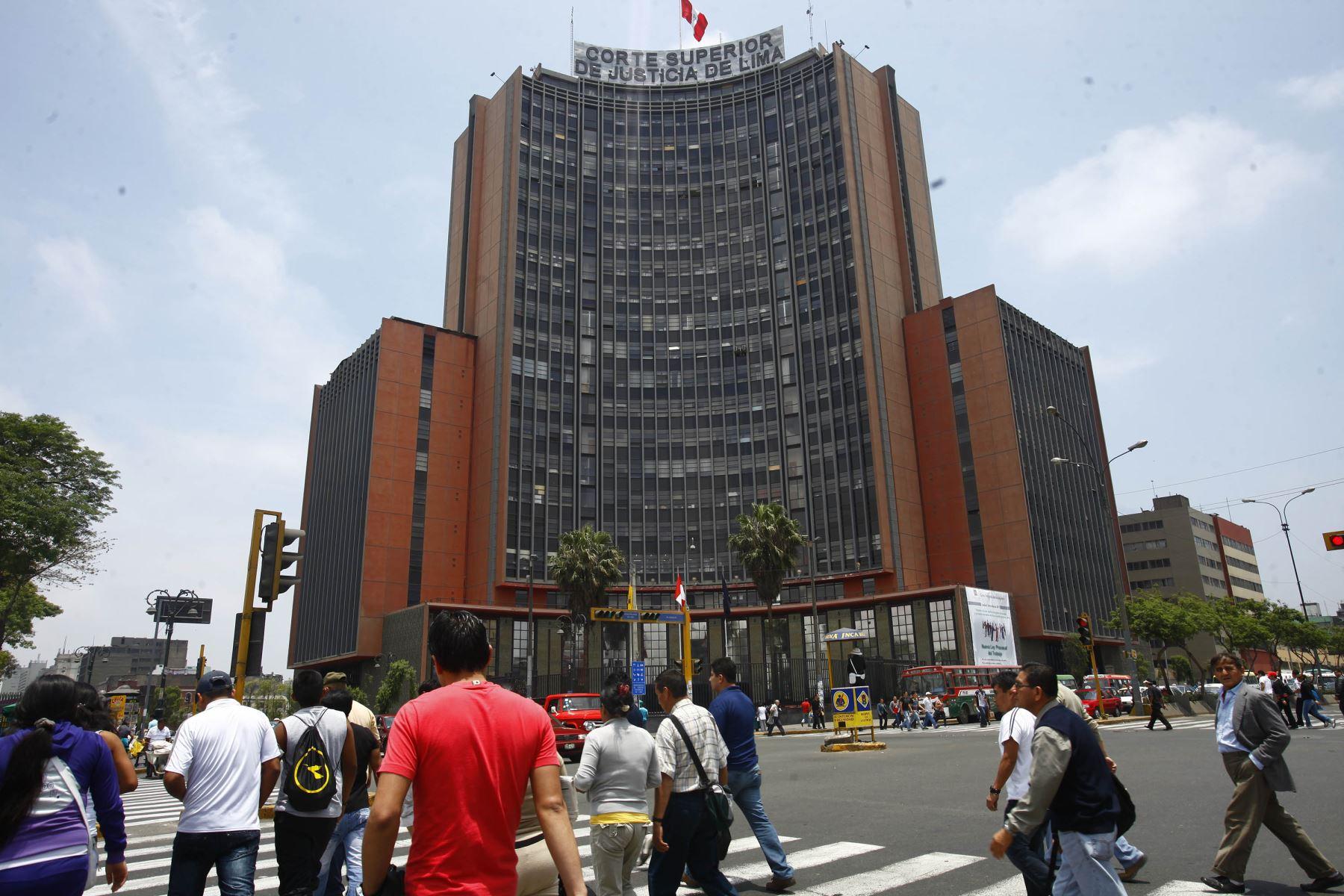 Corte Superior de Lima amplía competencia de juzgados penales para tramitar cesación de prisión preventiva y remisión de penas