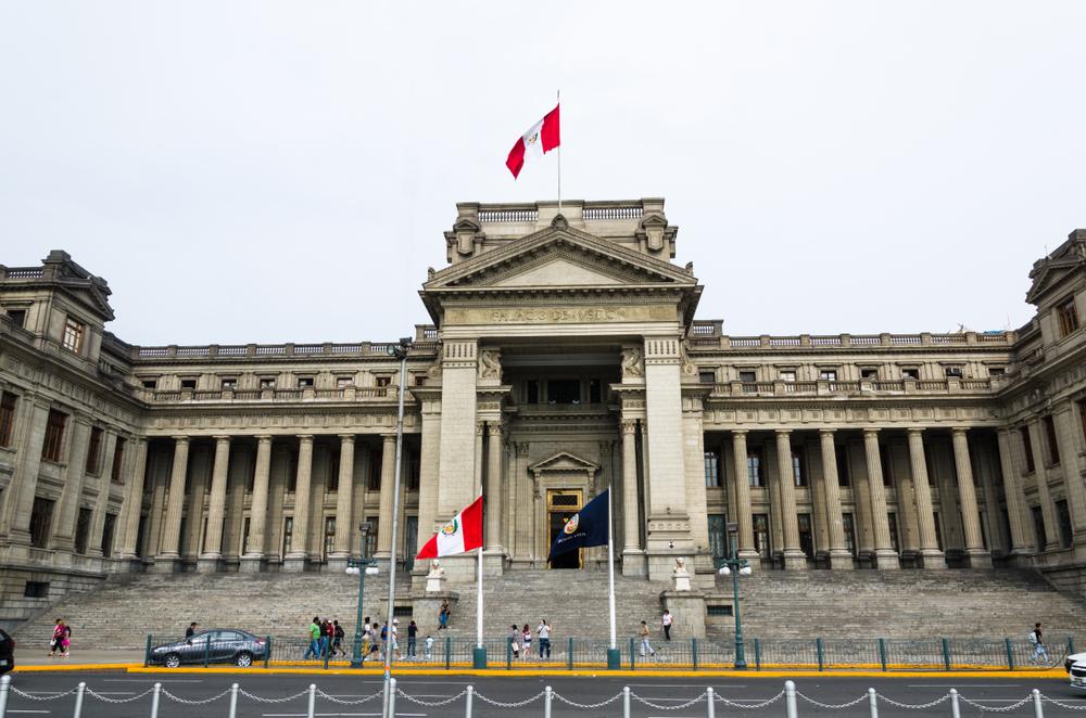 Suspenden labores y plazos procesales del Poder Judicial en distritos judiciales afectados por la cuarentena