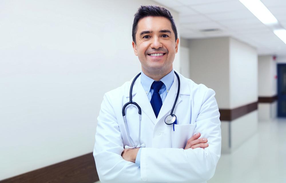 Nueva modificación constitucional a favor de médicos y especialistas en salud